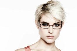 Haarfarbe Brille_Kurzhaarfrisur