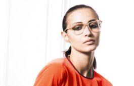 Nudefarbene Brillen, helle Brillen