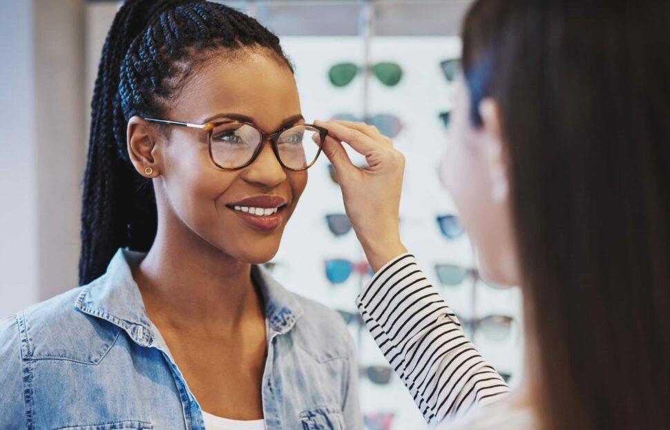 72054b5bbb50d Wie finde ich die richtige Brillengröße? | Brillenstyling