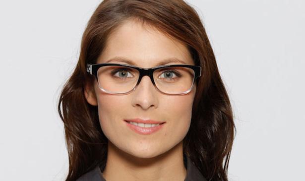 Strahlende Augen: Diese Brille passt besser zur Augenpartie findet Modedesigner Thomas Rath