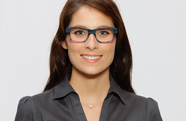 Welche Brille passt zu meinem Gesicht? Modell 4: Brille mit markanter Fassung