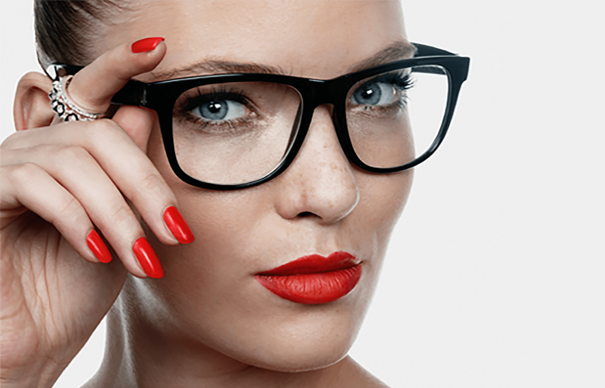 schminken mit brille so geht s brillenstyling. Black Bedroom Furniture Sets. Home Design Ideas